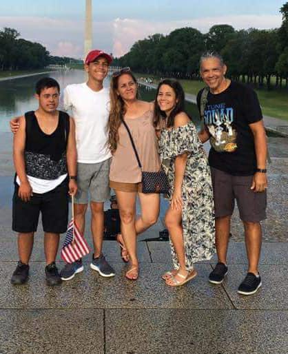 Alvin Rosasrio Osorio y familia