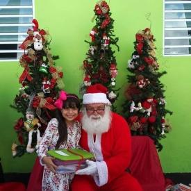 Fund-Bendecidos-Para-Bendecir_201812_navidad-cajas-regalos-para-ninos-06