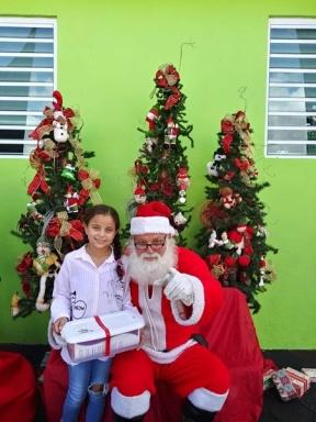 Fund-Bendecidos-Para-Bendecir_201812_navidad-cajas-regalos-para-ninos-08