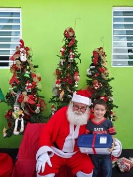 Fund-Bendecidos-Para-Bendecir_201812_navidad-cajas-regalos-para-ninos-12