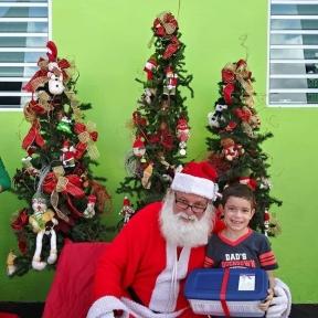 Fund-Bendecidos-Para-Bendecir_201812_navidad-cajas-regalos-para-ninos-16
