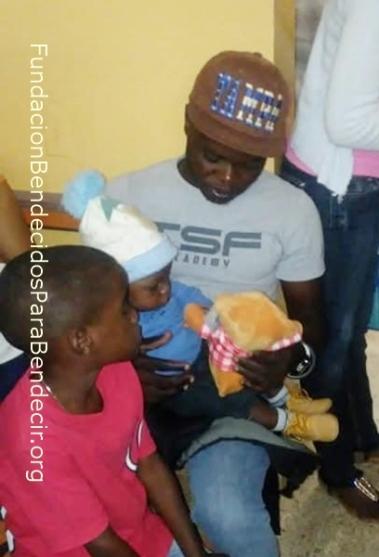 Fund-Bendecidos-Para-Bendecir_201903-Dispensario-Siervas-Maria-Haiti-StoDgo-01