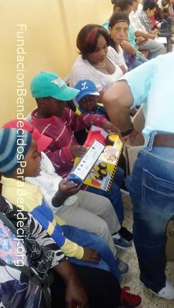 Fund-Bendecidos-Para-Bendecir_201903-Dispensario-Siervas-Maria-Haiti-StoDgo-12