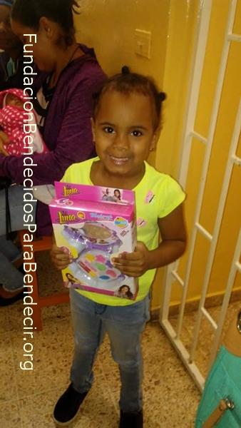Fund-Bendecidos-Para-Bendecir_201903-Dispensario-Siervas-Maria-Haiti-StoDgo-16