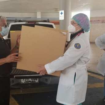caja-acrilico-intubacion_FundBendecidosparaBendecir-12