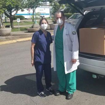 caja-acrilico-intubacion_FundBendecidosparaBendecir-22