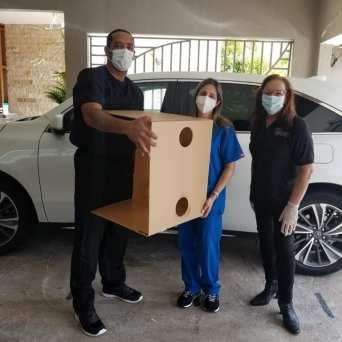 caja-acrilico-intubacion_FundBendecidosparaBendecir-7